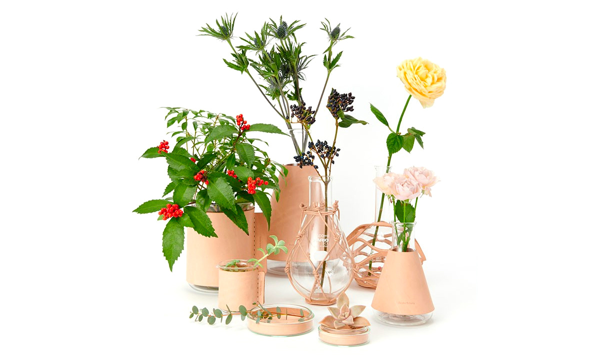 Hender Scheme 推出 「Science Vases」花瓶套装系列