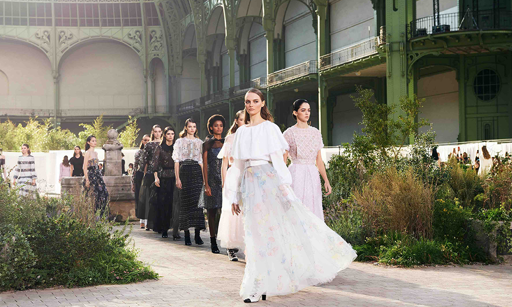 Chanel 将按时发布 2020 秋冬高定系列