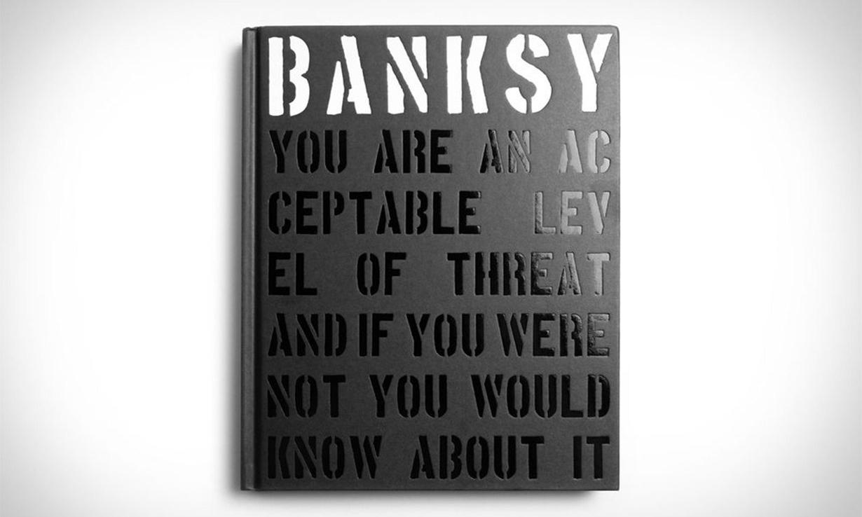 艺术爱好者的心头好,收录 Banksy 作品的全新精装书开售