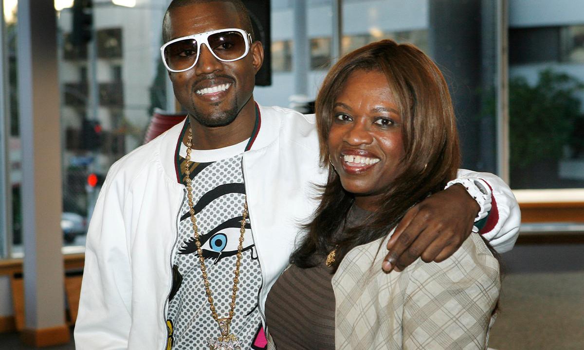 纪念逝母诞辰,Kanye West 预告新单曲《DONDA》