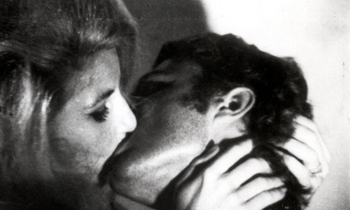 Warhol 执导电影《Kiss》将在纽约现代艺术博物馆线上放映