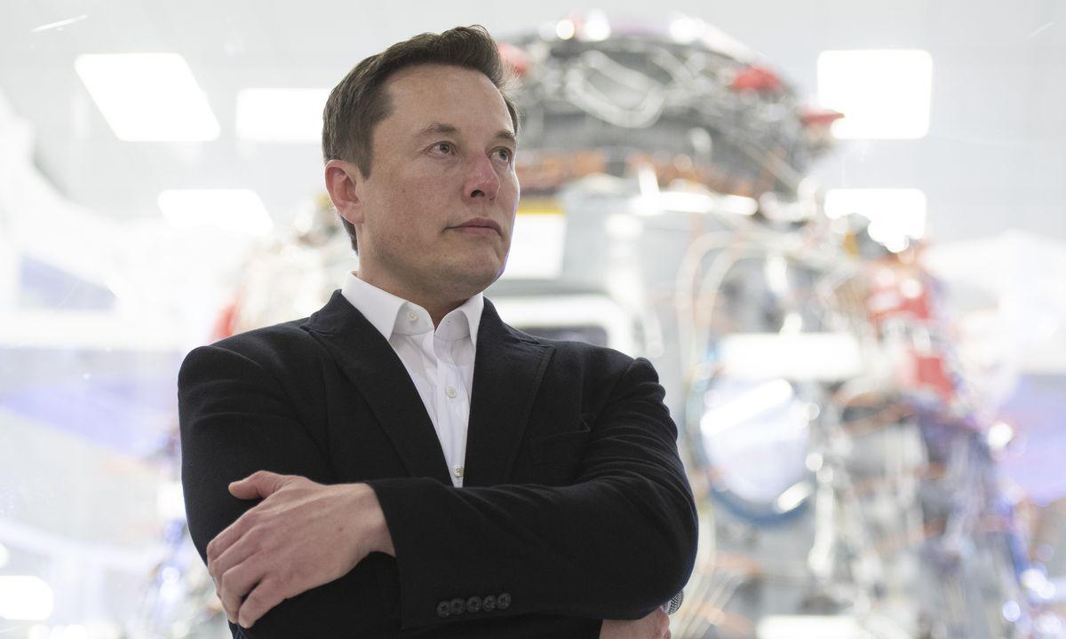 Elon Musk 成为第四位千亿美元富豪