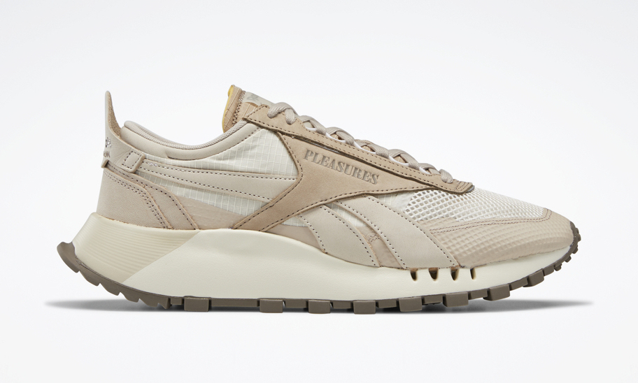 PLEASURES x Reebok Classic Leather Legacy 联名正式亮相