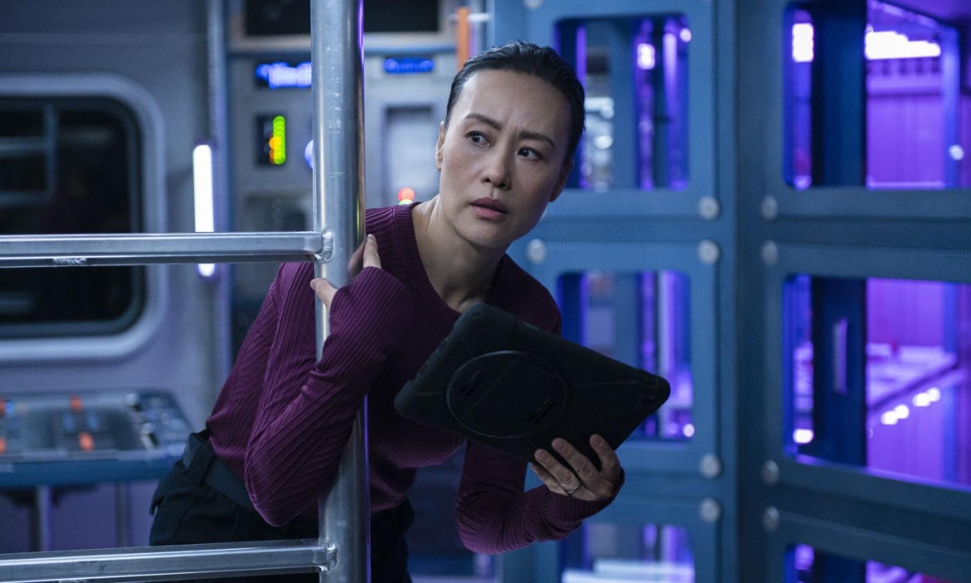 Netflix 太空题材新剧《远漂》释出首支预告片