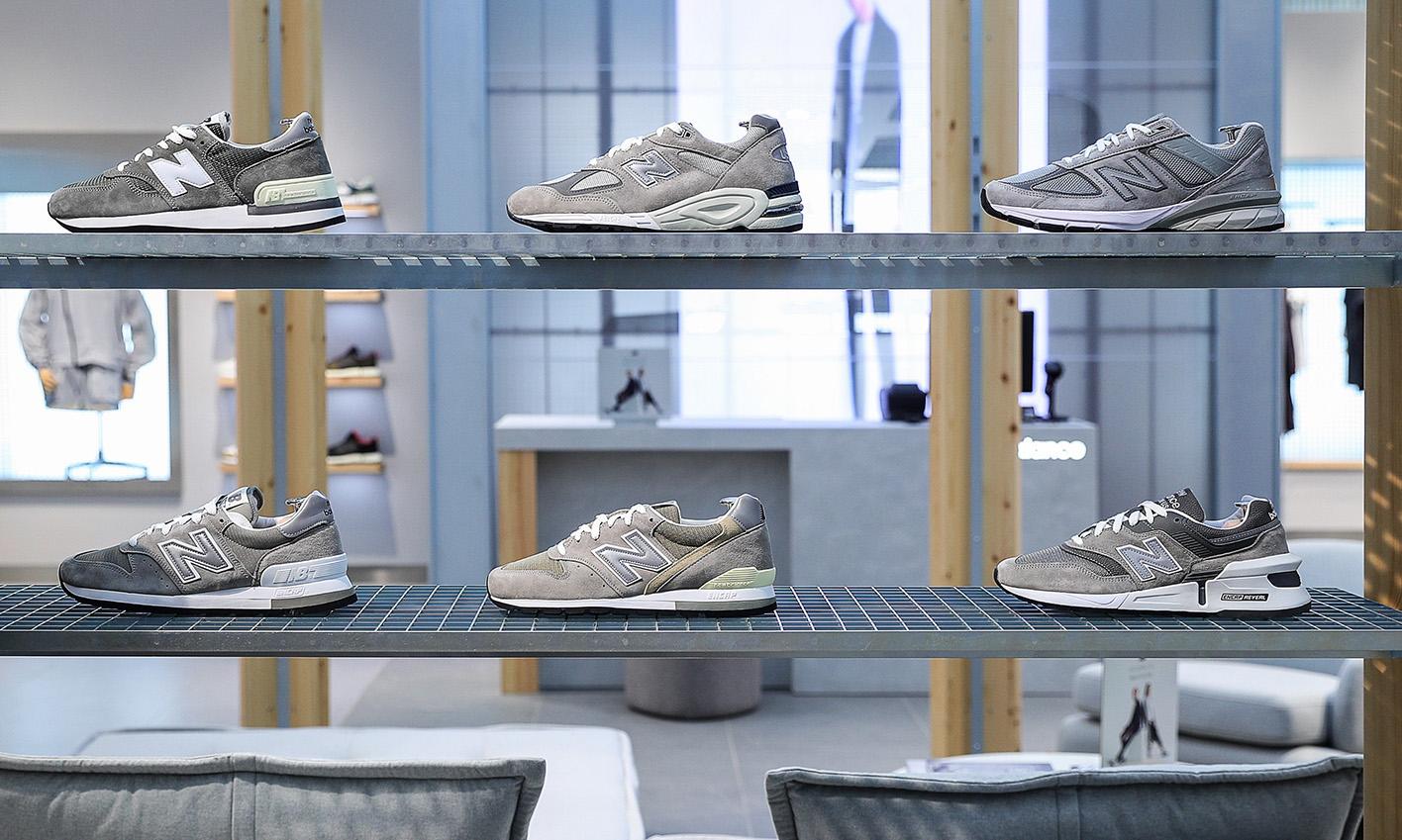 在三里屯的 NB GREY 概念店里,将持续发售众多独家的限量系列