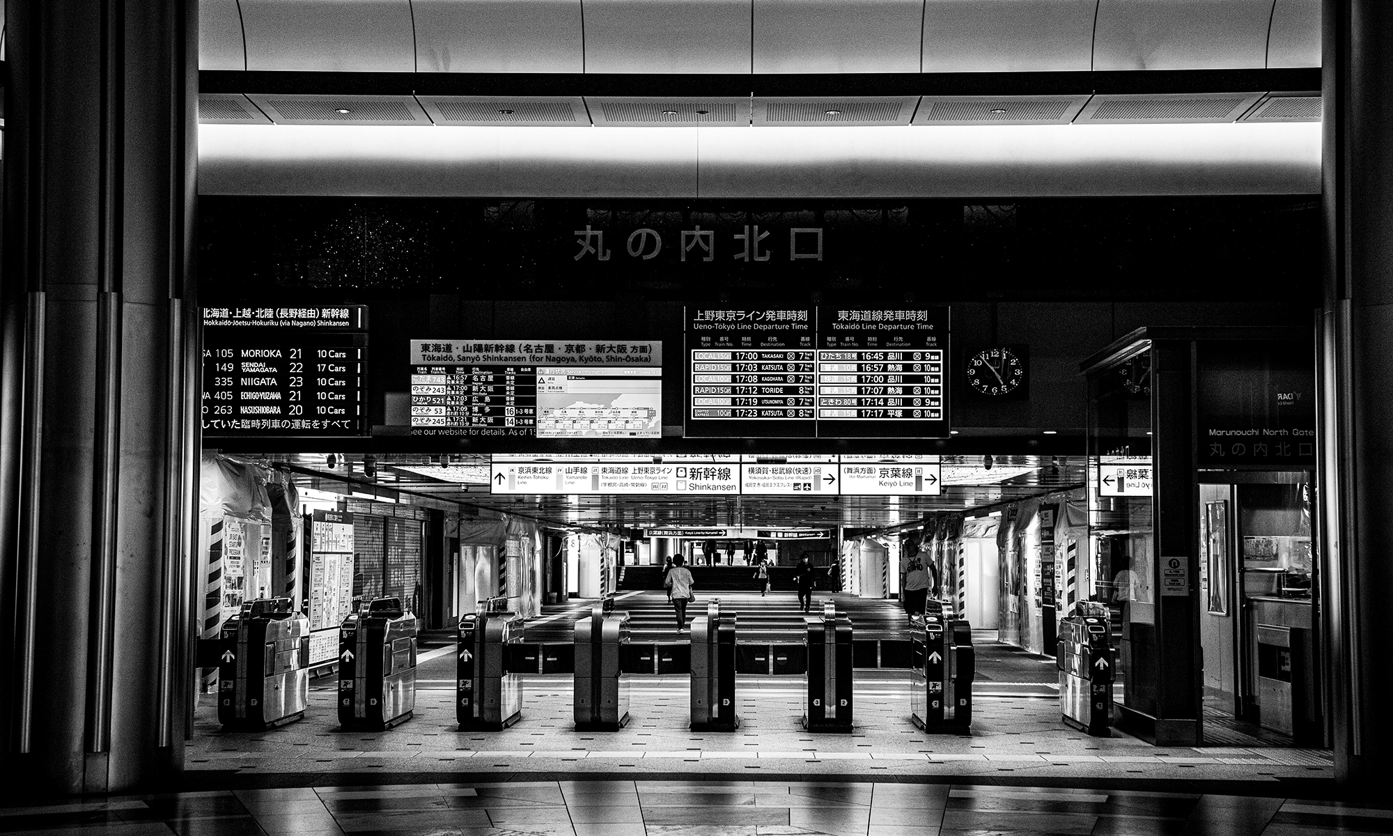 冷清的原宿街头,梅咏拍下了疫情期间「无人的东京实录」
