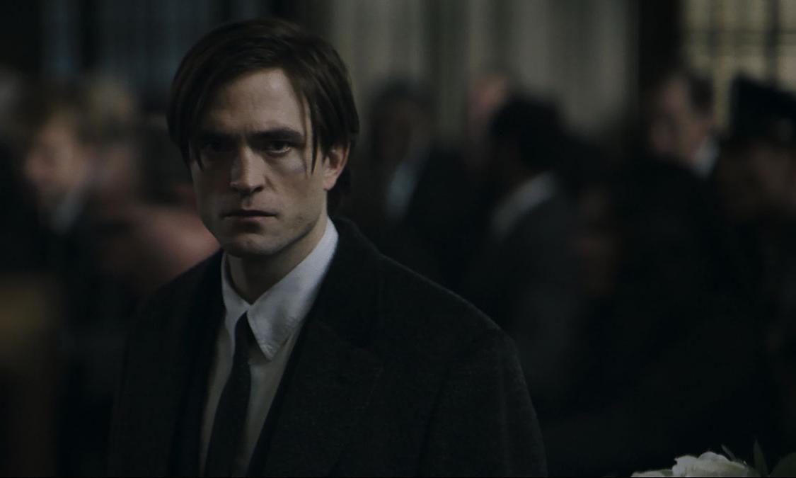 因 Robert Pattinson 确诊新冠,《新蝙蝠侠》再次中止拍摄
