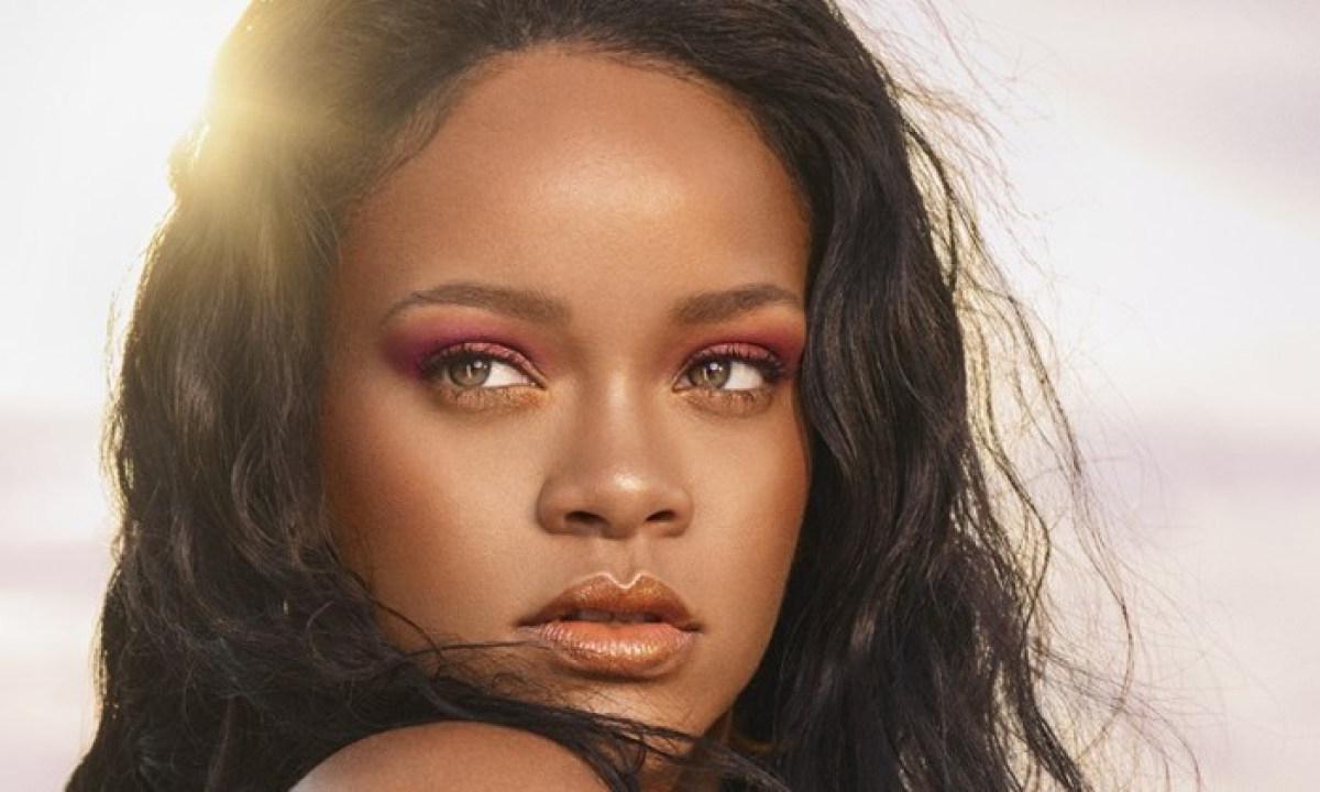 Rihanna 即将携手天猫小黑盒发布 Fenty Beauty 新品