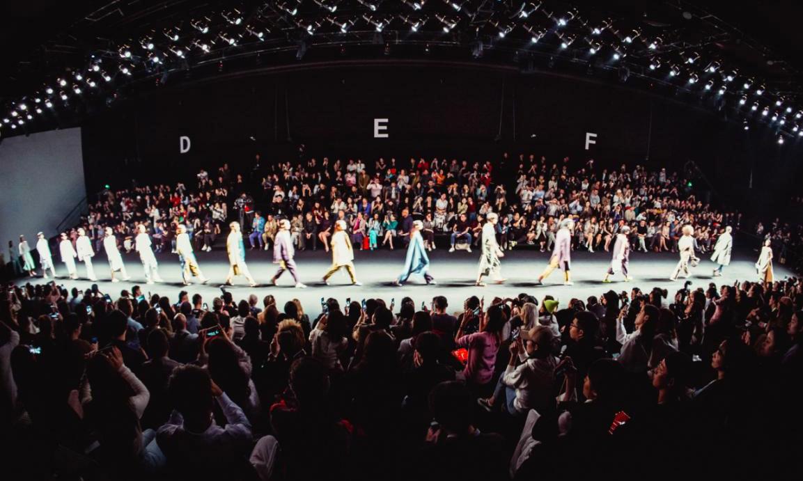 上海时装周将在 10 月 8 日揭幕