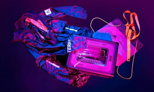 从 adidas 的「时光机」里翻出一件机能夹克…