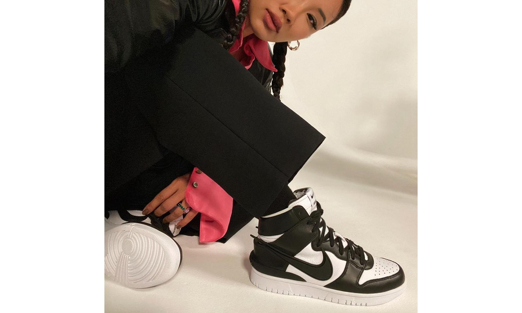 Yoon 亲自揭秘 AMBUSH x Nike SB Dunk High 发售信息