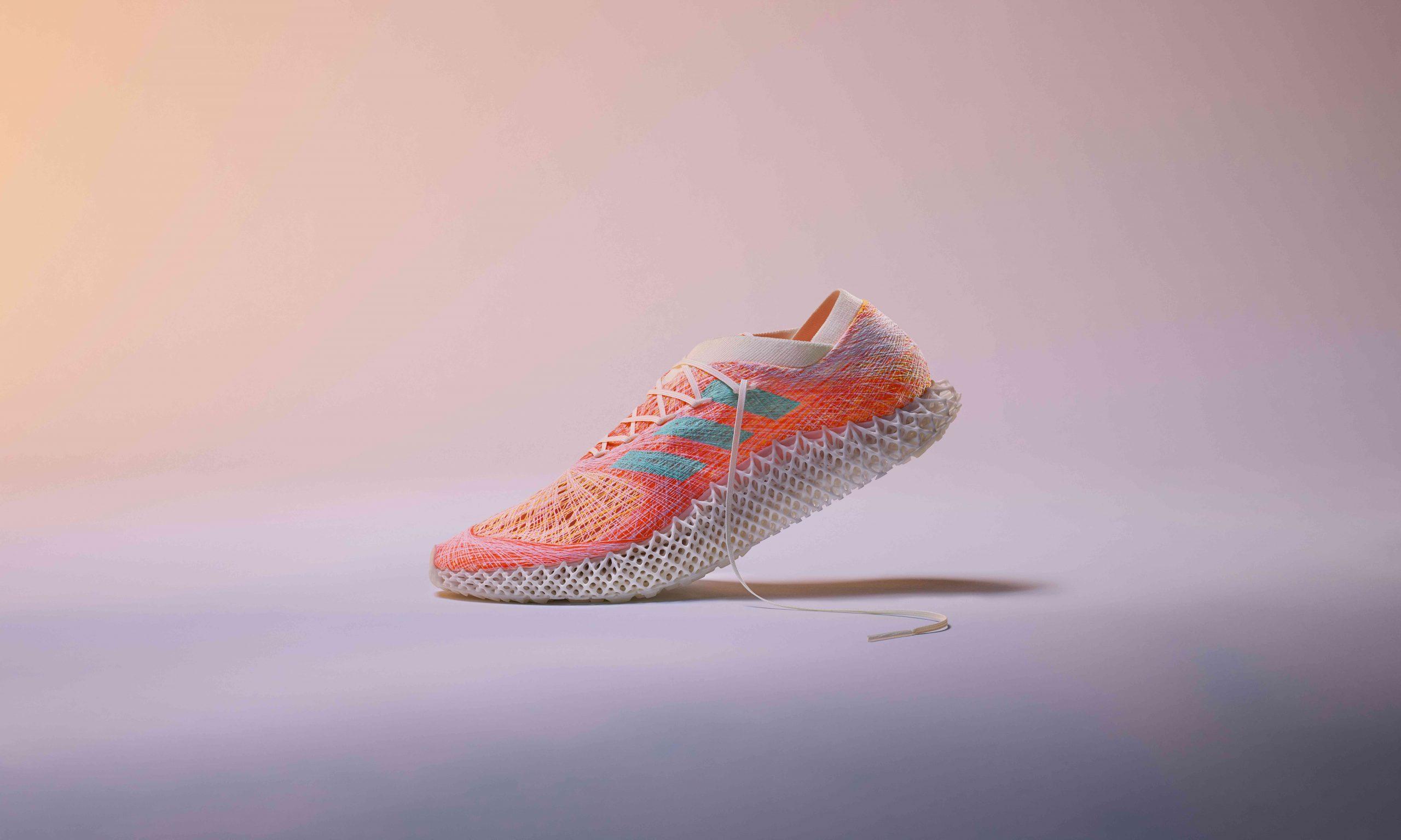 创新孵化运动新可能,adidas 发布 FUTURECRAFT.STRUNG概念跑鞋
