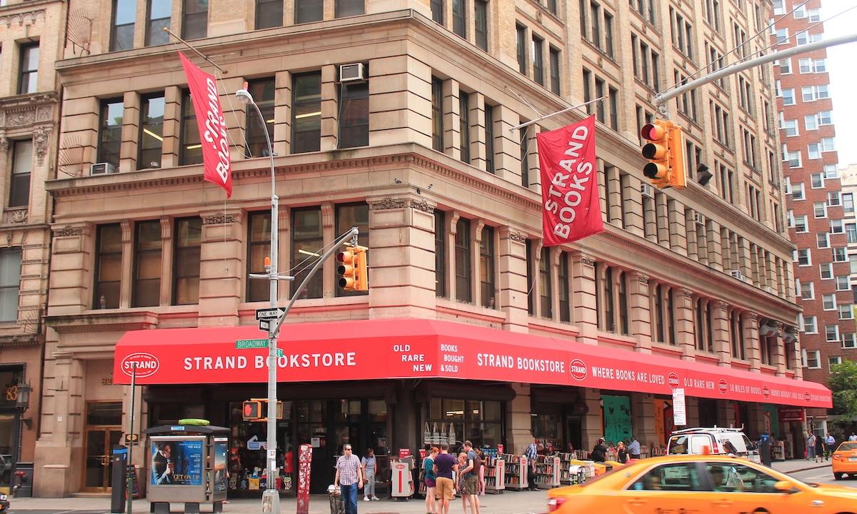 被疫情压垮,纽约 100 年地标 Strand 书店发信「求救」