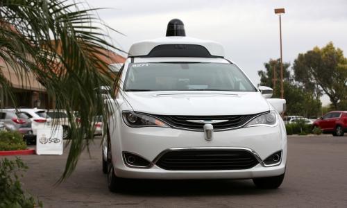 加州官方将开始发出自驾车的营业执照