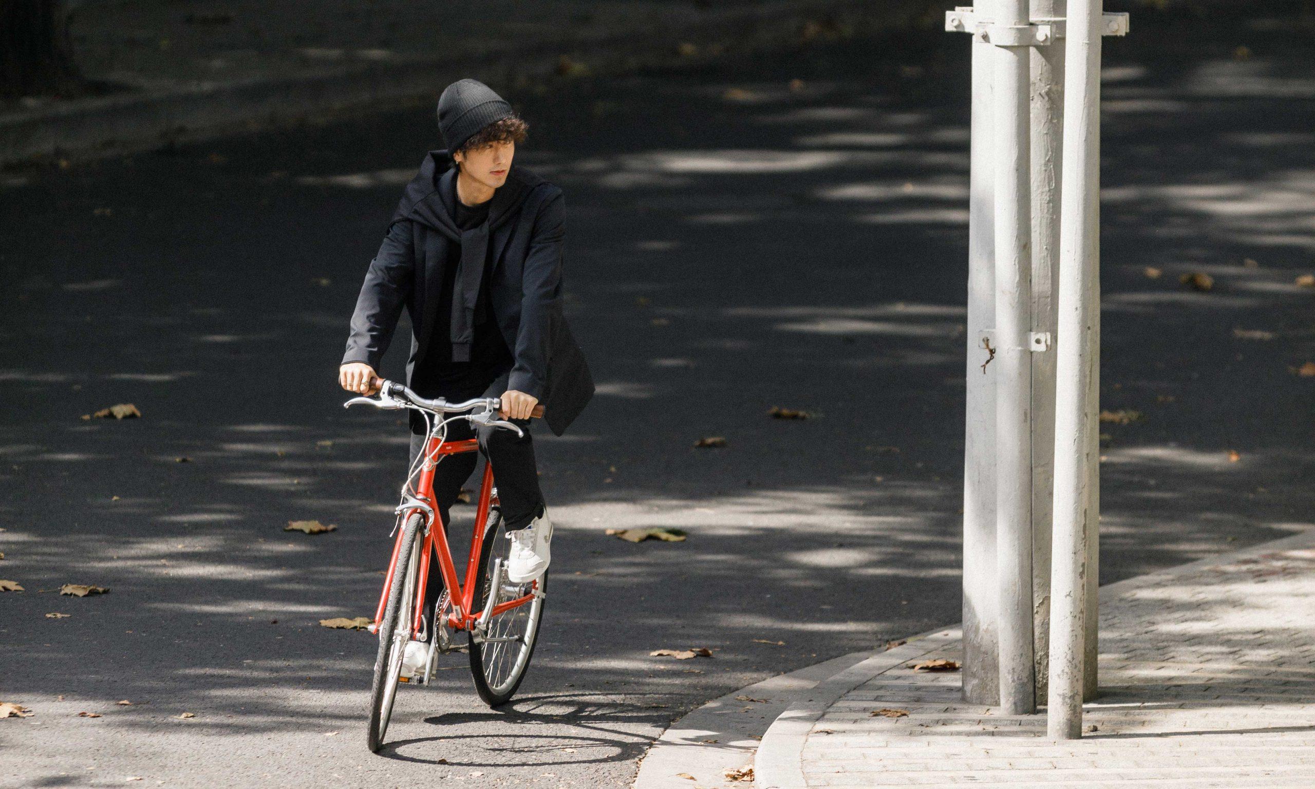 我们邀请你一同体验:上海秋日骑行风光