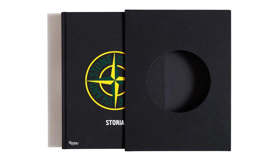 《Stone Island:Storia》品牌档案图册特殊包装版上架