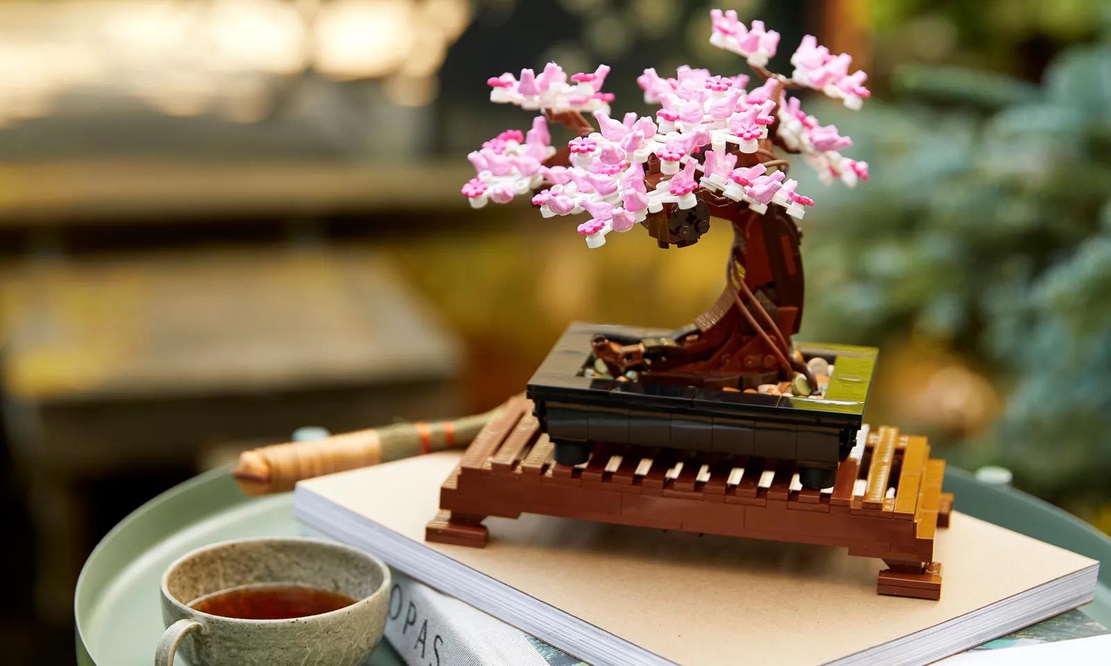 花束后还有盆景,LEGO 10281 Bonsai Tree 盒组发布