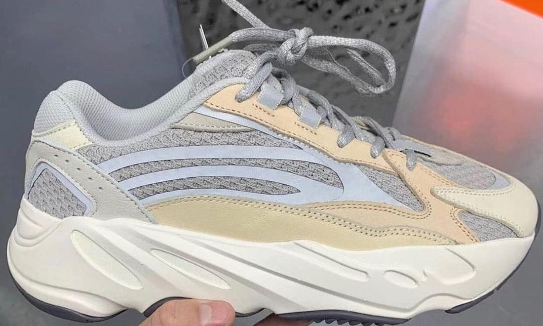 adidas Yeezy Boost 700 V2 「Cream」实物曝光