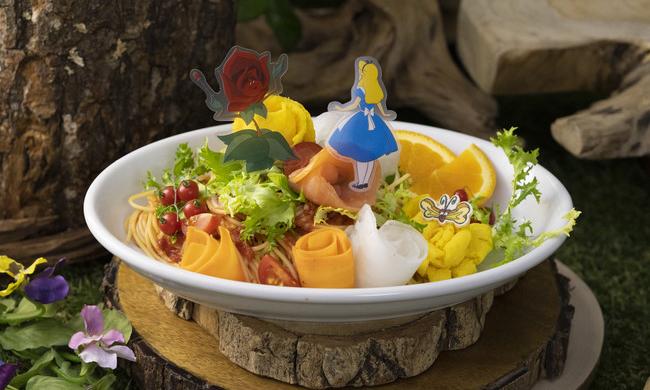 《爱丽丝梦游仙境》特别咖啡馆于日本限时开业