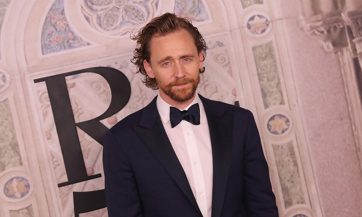 Tom Hiddleston 确认出演 Apple TV+ 剧集《艾塞克斯之蛇》