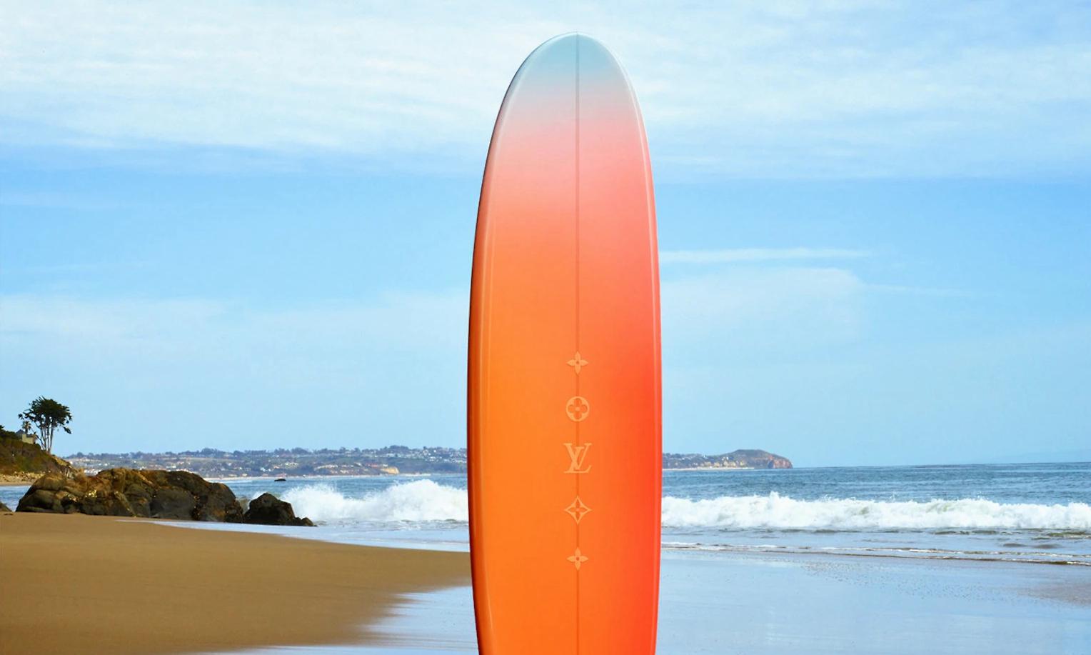 售价 10 万港币的 LV 冲浪板...
