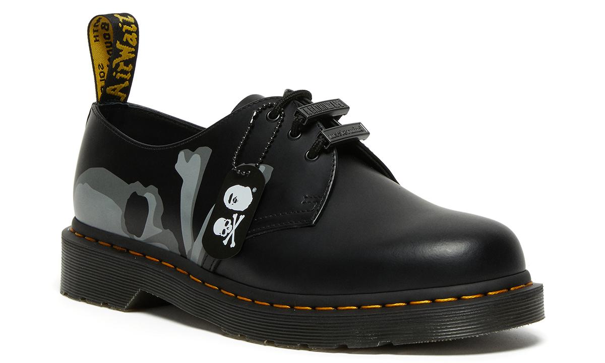 Dr.Martens x A BATHING APE® x mastermind JAPAN 三方联名鞋款登场