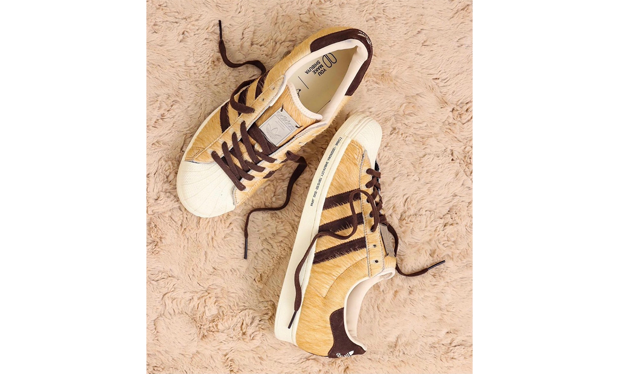 adidas x atmos SUPERSTAR 「忠犬八公」主题鞋款发布