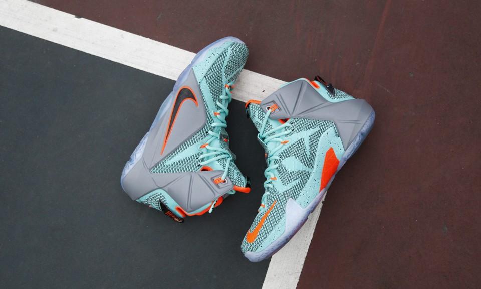 Nike LeBron 12 NRSL 配色详览