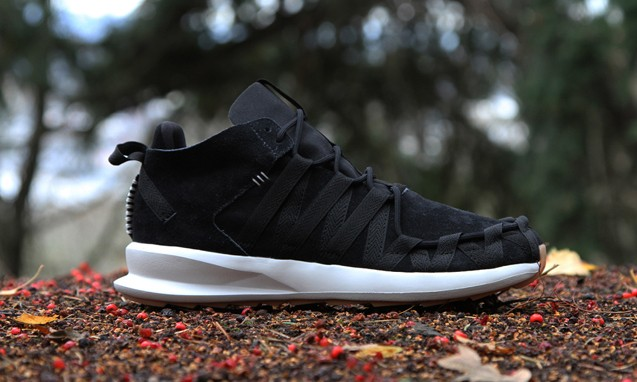 全新的融合设计,adidas Originals SL Loop Runner Moc