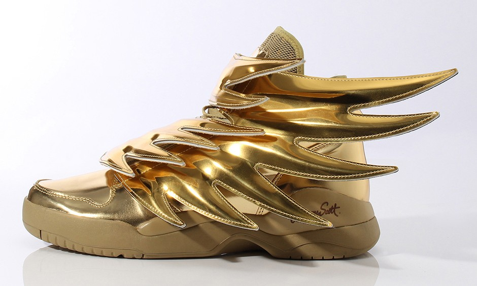 "Jeremy Scott x adidas Originals ""Wings 3.0"" 金色翅膀奢华释出"