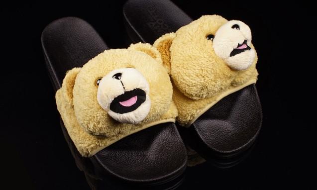 adidas Originals x Jeremy Scott Teddy Bear 全新熊头拖鞋
