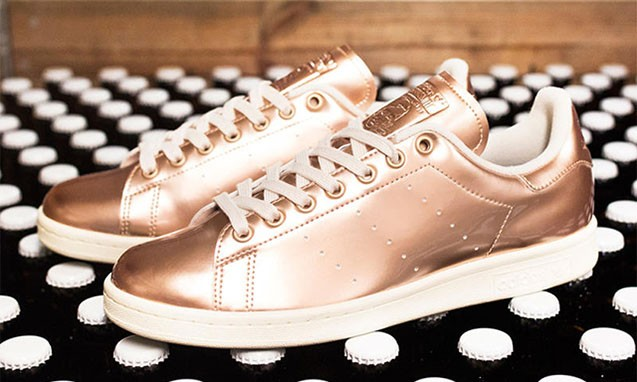 "Sneakersnstuff x adidas Originals ""Brewery Pack"" 联名鞋款"