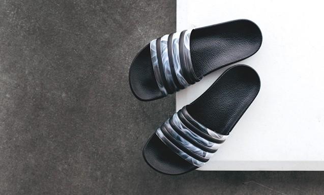 Adidas Originals x Rita Ora Adilette Slides 拖鞋