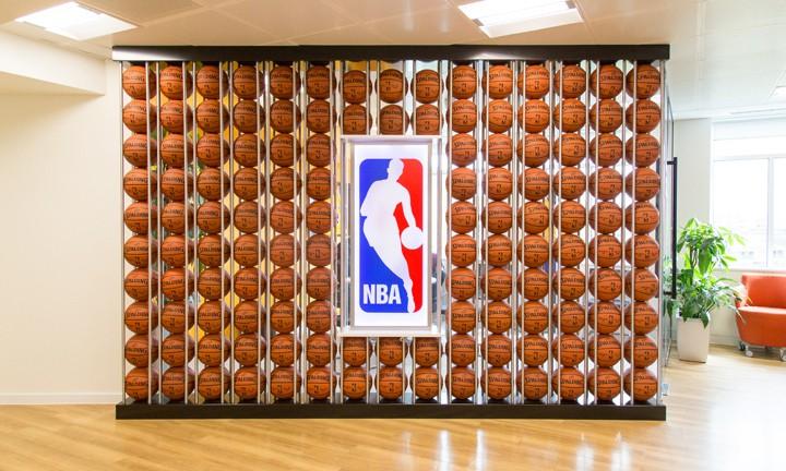 造访 「NBA 欧洲总部」 伦敦办公室