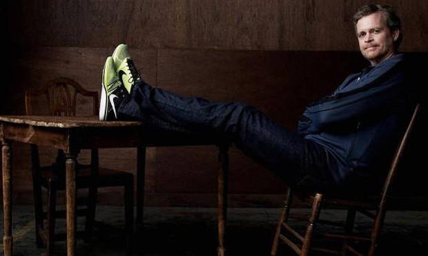 再多五年,Nike 赠予 Mark Parker 3 千万美元股票奖励