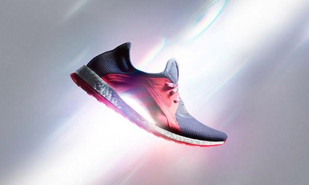 只为女性而生,adidas PureBOOST X 跑步鞋