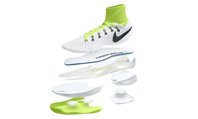 以钉鞋为灵感,NikeCourt Air Zoom Ultrafly 网球鞋