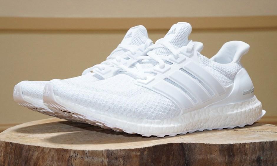 "adidas Ultra Boost 将于下周再次发售 ""Triple White"" 配色!"