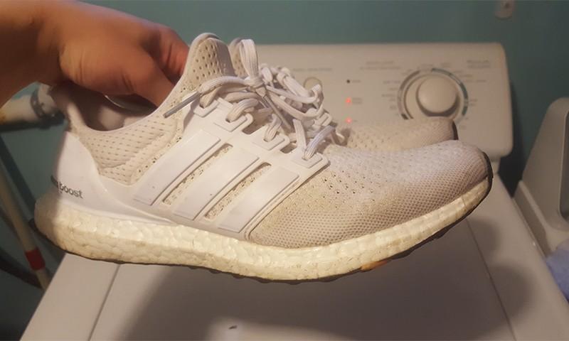 """大神教你 adidas Ultra Boost """"Triple White"""" 应该如何清理"""