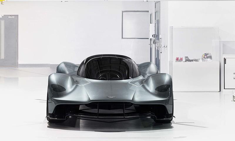 Aston Martin 全新旗舰超跑 AM-RB 001急速来袭!