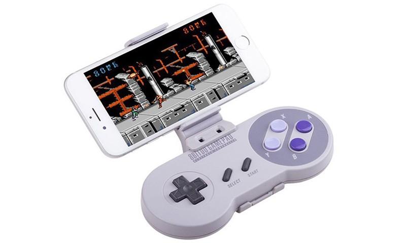 Nintendo 计划推出手机专用手柄!