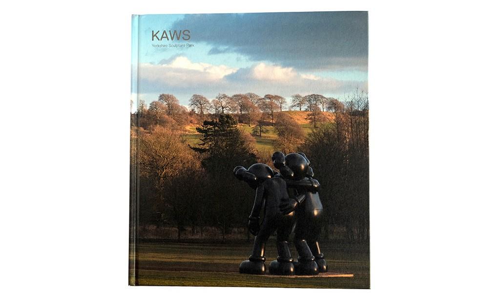 KAWS 英国 Yorkshire Sculpture Park 艺术展图录出版
