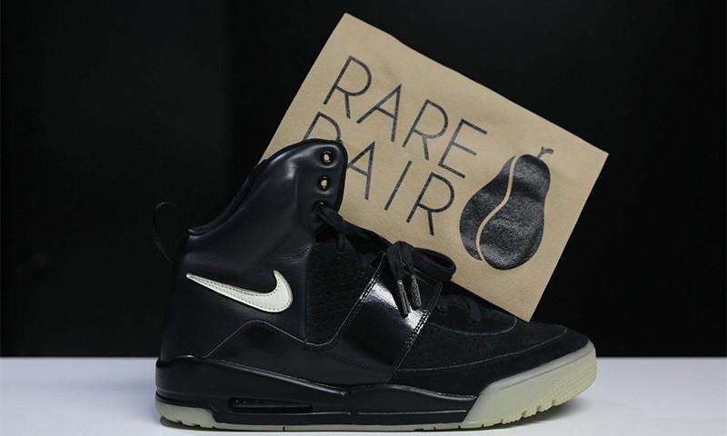 仅此一双的 Nike Air Yeezy 1 价格居然高达 43 万