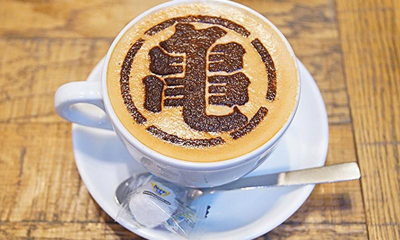 《龙珠》 30 周年限定咖啡店正式开催
