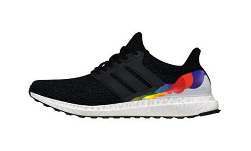 为支持 LGBT 人群,adidas 带来了一款特别的 Ultra Boost 3.0