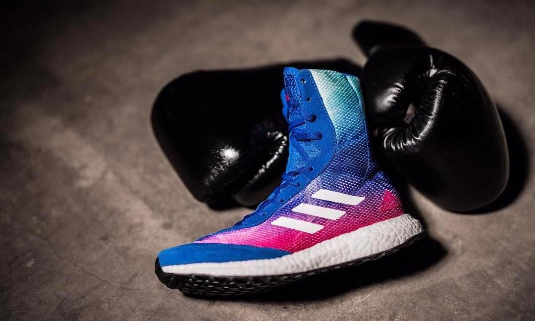 超高鞋帮加 BOOST 鞋底,这有可能是一双 adidas 的拳击鞋款?
